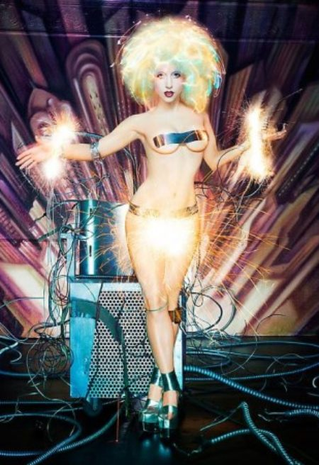 Revista Time elege Lady Gaga como artista mais influente do mundo
